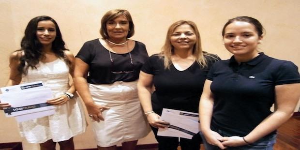 Premios Logitravel a los mejores estudiantes de turismo de la UIB