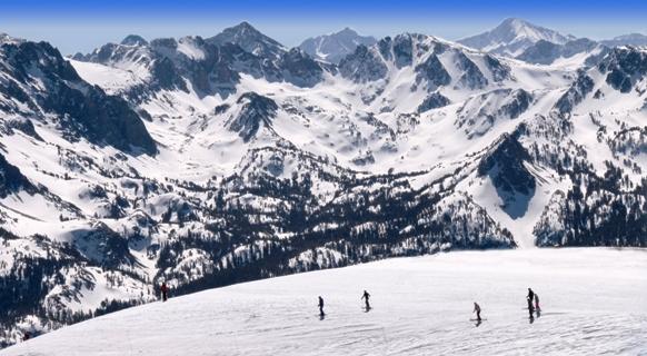 ¿Estás pensando en abrir 2016 con un viaje a la nieve?