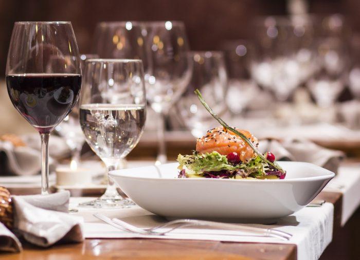Disfrutando de la gastronomía en Paradores: ¿eres Marmitia, Tamizia o Especia?