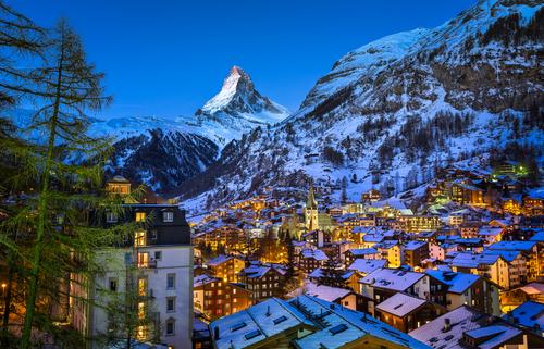 5 de los lugares más espectaculares del planeta para disfrutar del esquí