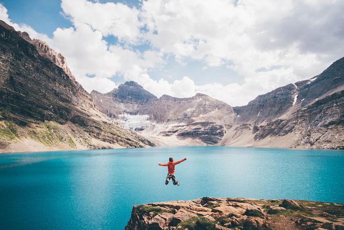 Impresionante el Lago McArthur en verano, Canadá