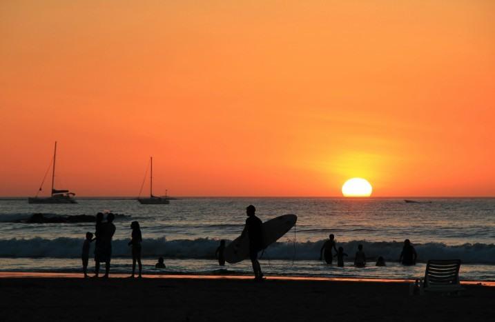 Atardecer en Playa Tamarindo