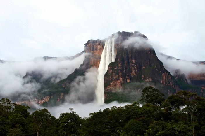El Salto del Ángel, catarata más alta del mundo.
