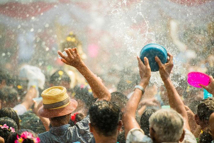 Songkran, fiesta del agua para celebrar el año nuevo en Tailandia.