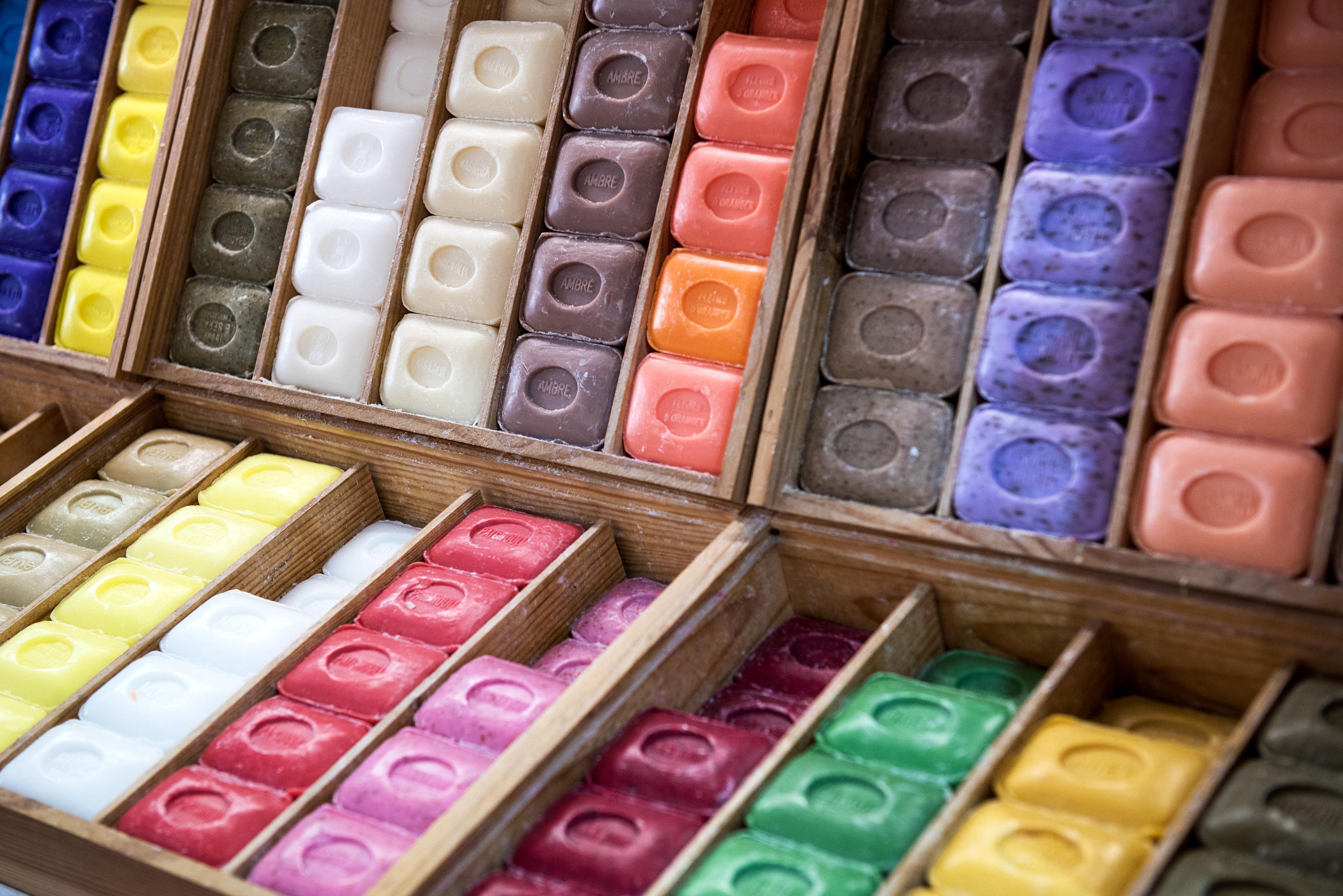 Coloridos jabones de Marsella