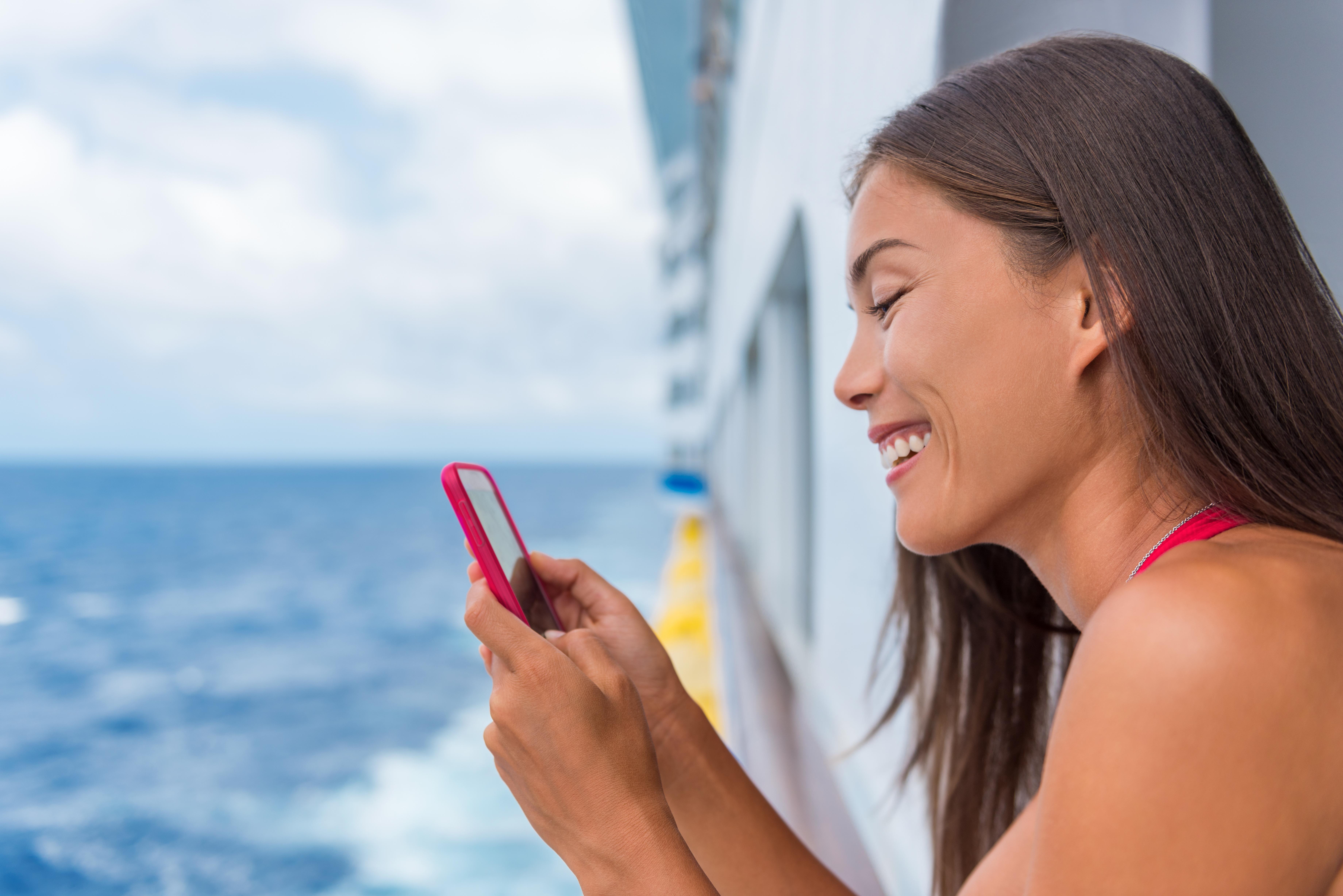 Uso del móvil a bordo de un crucero
