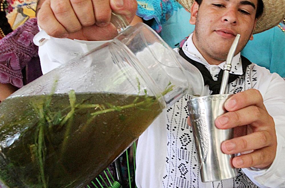 Tereré, bebida típica de Paraguay