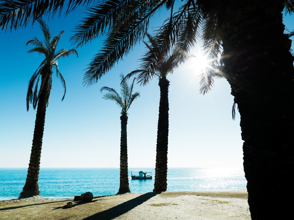 Precioso día soleado en Playamar, Torremolinos, Andalucía