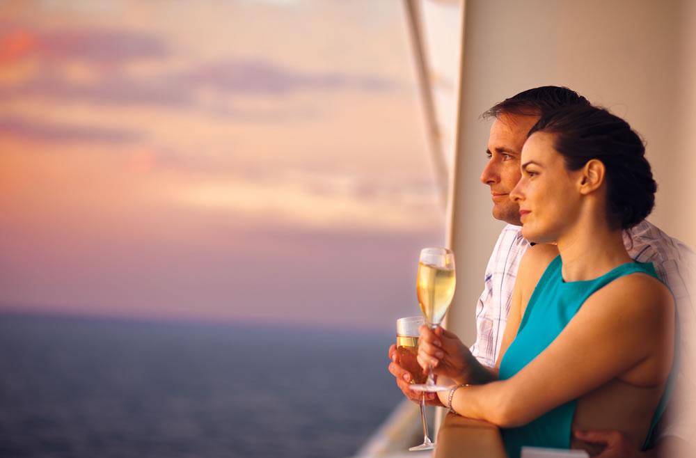Free at Sea, extras a bordo