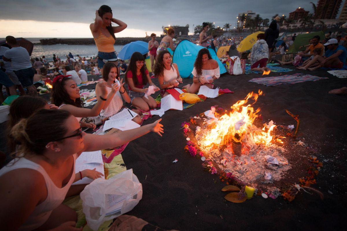 Grupo de amigas en Playa Jardín