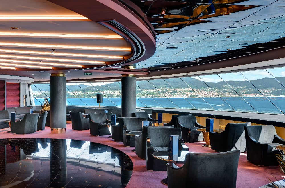 Salón Yacht Club del MSC Grandiosa