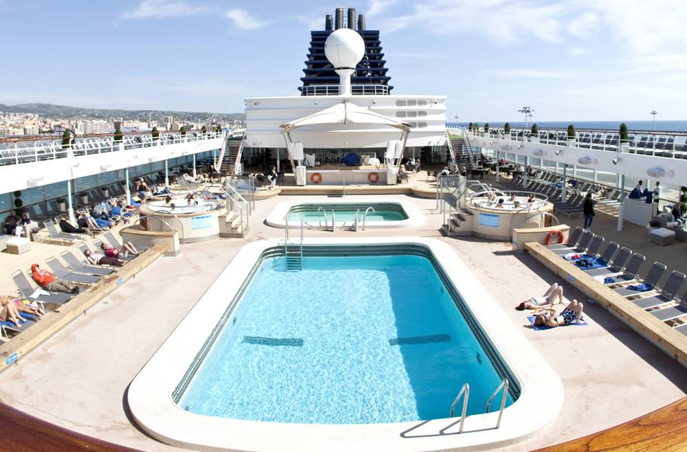 Imagen de la cubierta del Horizon, uno de los barcos de Pullmantur