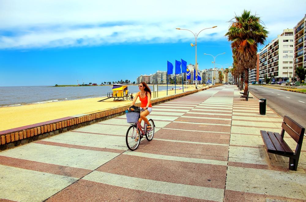 Paseo Marítimo en Montevideo