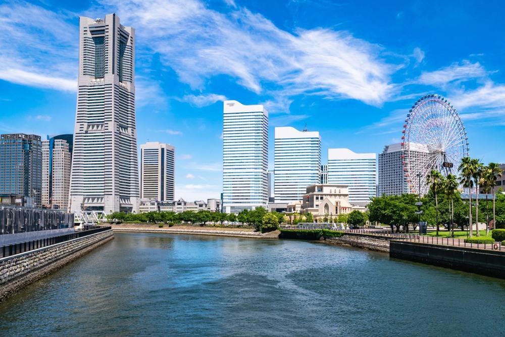 Puerto de embarque en Yokohama, Japón