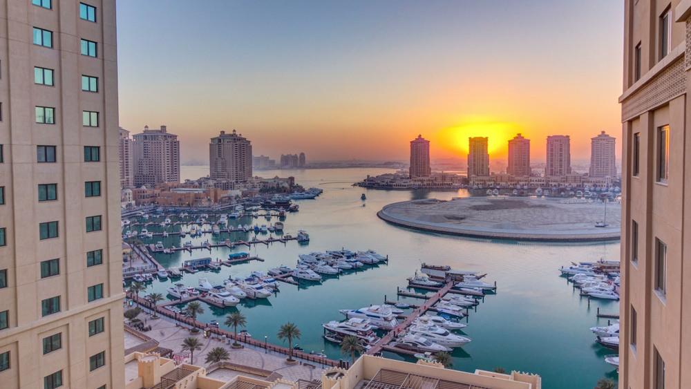 Atardecer en el puerto de Doha, Qatar