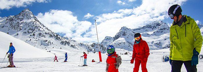 Vive el esquí en las mejores pistas españolas
