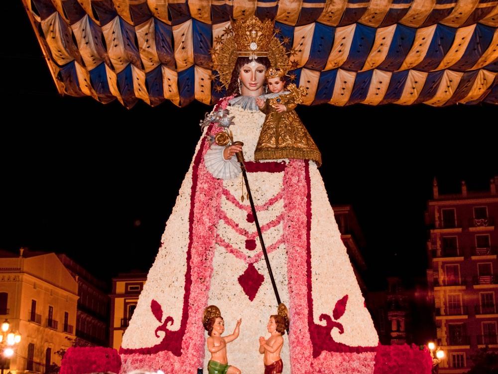 Virgen de los Desamparados, patrona de Valencia
