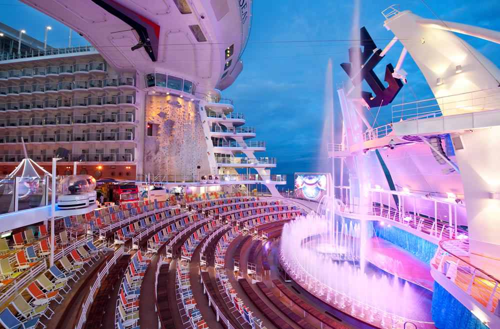 Increíble Aqua Theater en el allure of the Seas