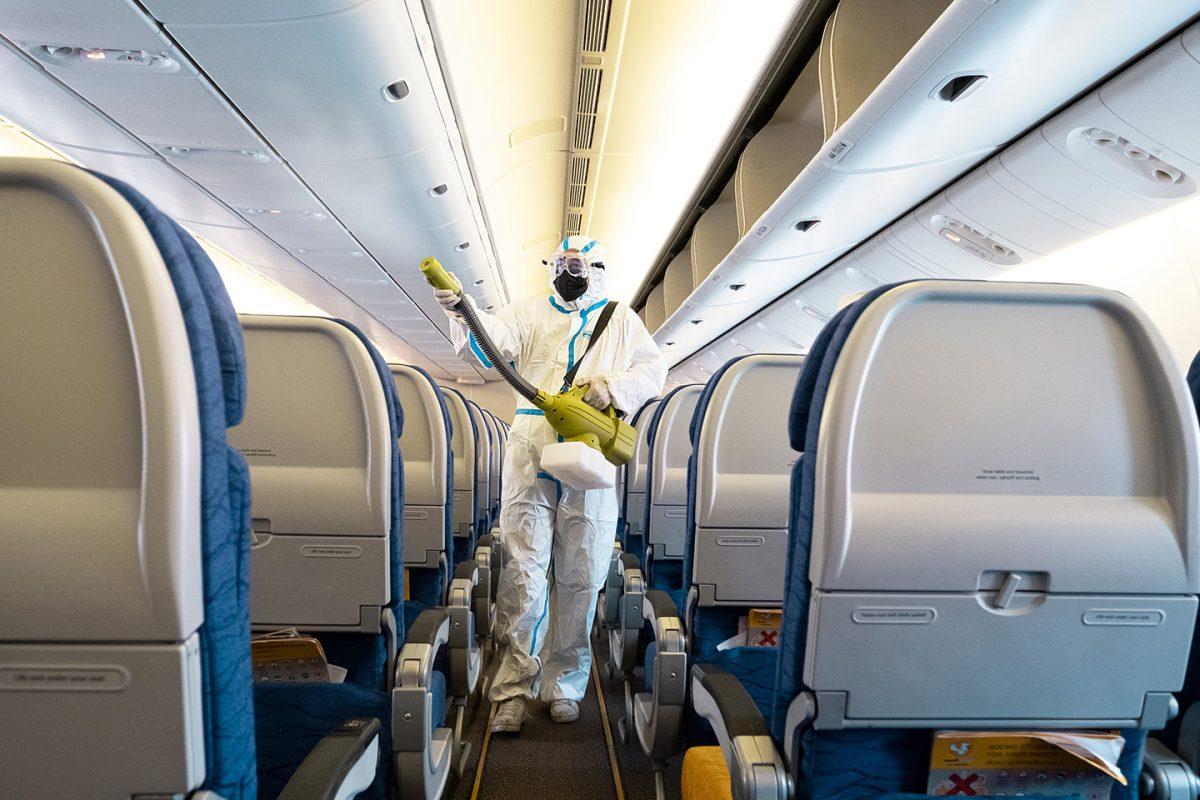 Las aerolíneas nos muestran cómo desinfectan sus aviones