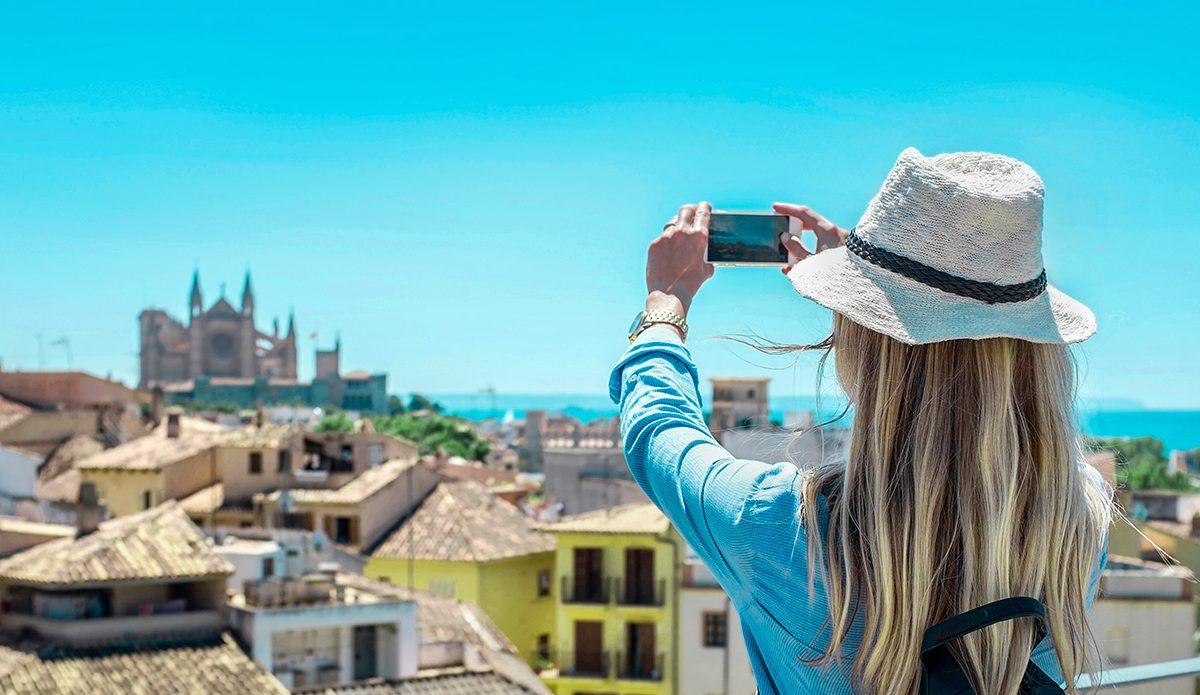 Baleares y Canarias abiertas en Semana Santa