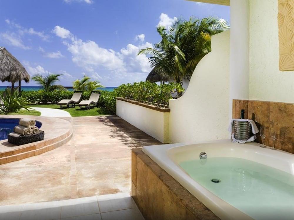 El Dorado Seaside Suites by Karisma Hotels & Resorts, Tulum