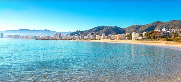 Cullera, el Mediterráneo cálido y tranquilo
