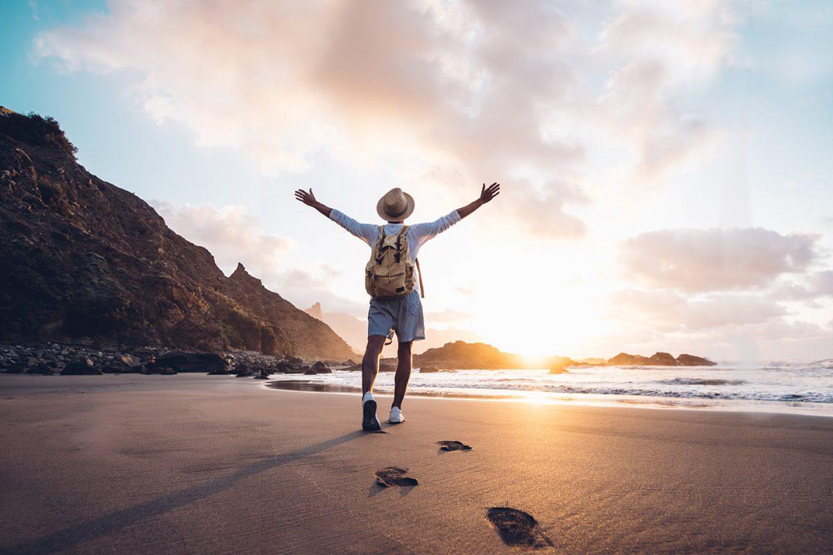 Baleares y Canarias destinos estrella este verano para los españoles